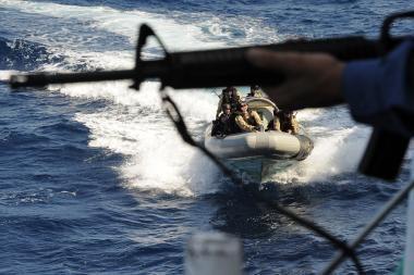 Prie Somalio piratai užėmė laivą su Maltos vėliava ir 15 gruzinų