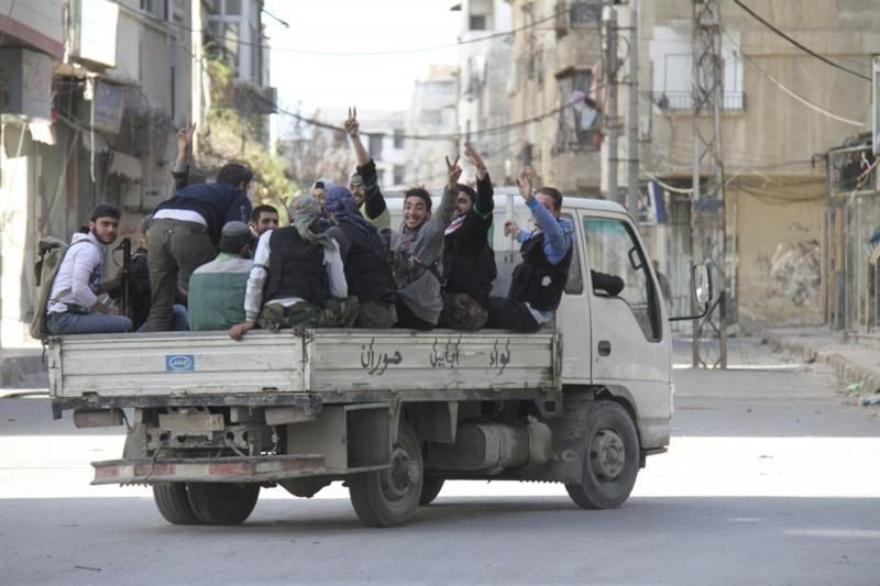 Damasko priemiesčiuose vyksta įnirtingi susirėmimai