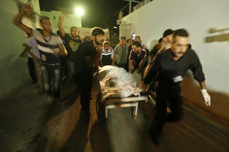 Per Izraelio antskrydžius Gazos Ruože žuvo trys žmonės