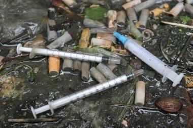 Kokie veiksniai skatina vartoti narkotikus? (papildyta)