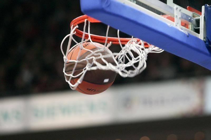Dėl Lietuvos krepšinio federacijos taurės kovos 11 moterų komandų