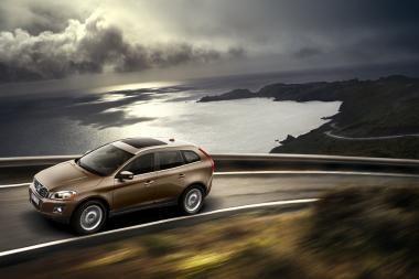 Lapkritį naujų automobilių rinka smuko dvigubai