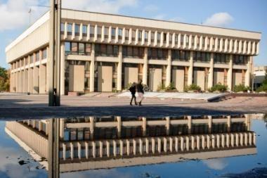 Nepilnamečius saugantis įstatymas: Seimas vėl stebina Europą (papildyta)