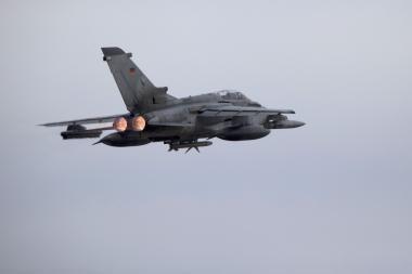 Pažintis su NATO naikintuvu F-15, saugančiu Baltijos šalių oro erdvę