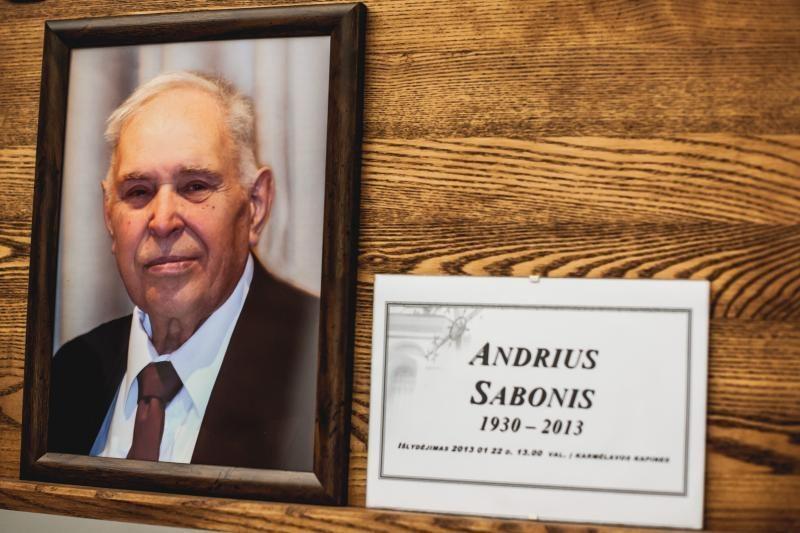 Premjeras pareiškė užuojautą dėl A. Sabonio tėvo mirties