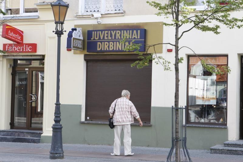 Klaipėdos senamiestyje apiplėšta juvelyrinė parduotuvė (papildyta)