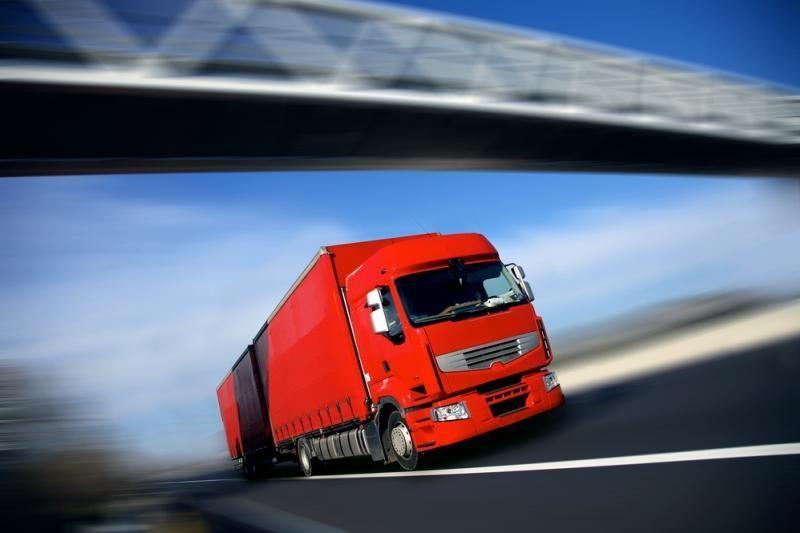 Transportas ir logistika stoja, tikimasi, tik dėl atostogų