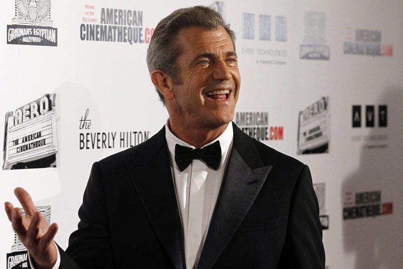 Melas Gibsonas pakurstė gandus apie naują romaną