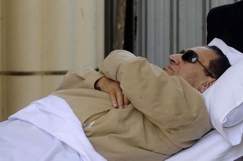 """Nuverstas Mubarakas patyrė """"sveikatos krizę"""