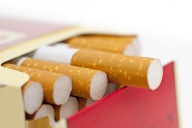 Cigarečių gamintojus norima įpareigoti kas ketvirtį informuoti apie pardavimus