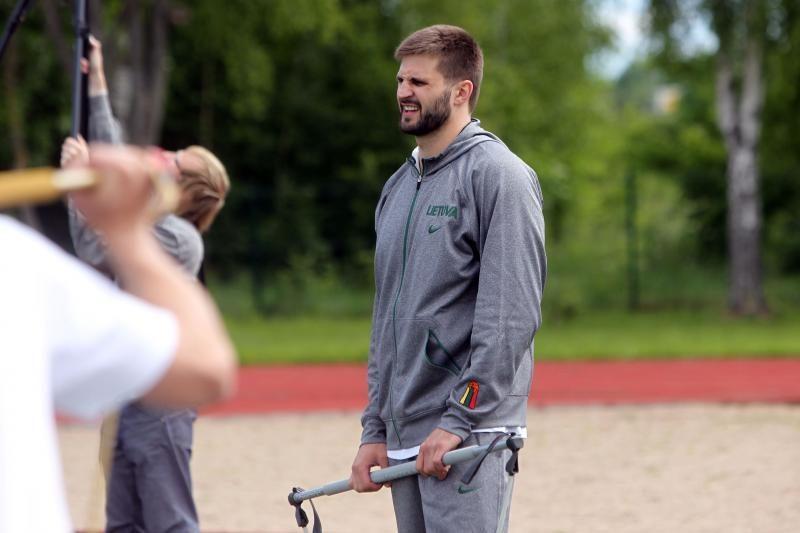 Jaunieji talentai sulauks Lietuvos krepšinio žvaigždžių dėmesio
