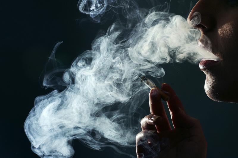 Už cigarečių kontrabandą – 20 tūkst. litų bauda