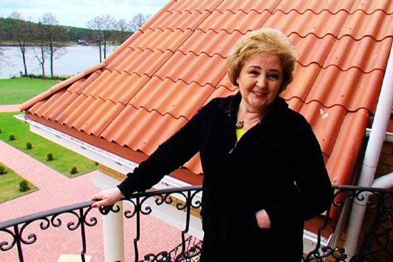 K.Brazauskienė pasiryžo parodyti savo šeimos turtus (foto)