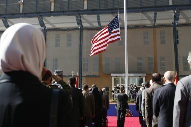 Irake duris atvėrė didžiausia JAV ambasada