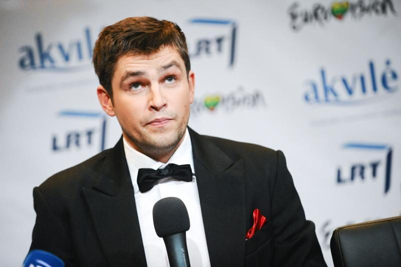 """""""Eurovizijai"""" besiruošiantis A. Pojavis susilaukė antros atžalos"""