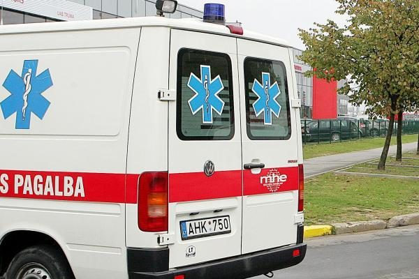 Per avariją Raseinių rajone nukentėjo 5 žmonės, 3 iš jų – vaikai