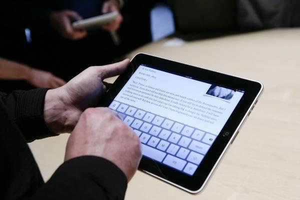 Ilja Laurs: Planšetiniai kompiuteriai taps pigesni, nei knygos