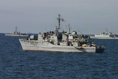 Baltijos jūroje - Baltijos eskadros laivų mokymai