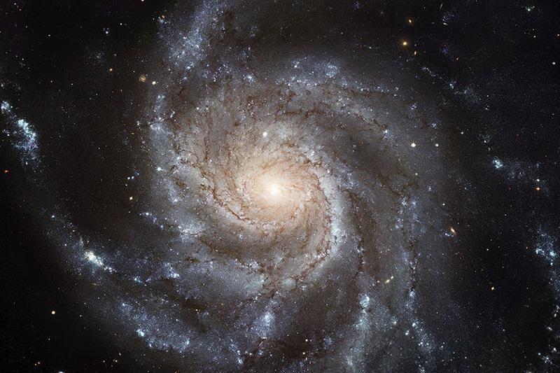 Mūsų galaktika po 4 mlrd. metų susidurs su kita