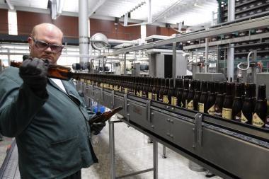 Pramonės produkcija šalyje atpigo 0,7 proc.