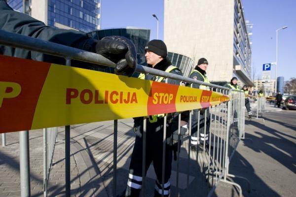 Seimą juosusi tvora kainavo daugiau kaip 5 tūkst. litų