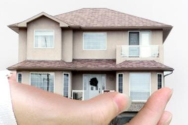 Mažiausiai ketvirtis būsto paskolų dabar yra didesnės nei už jas pirkto turto vertė