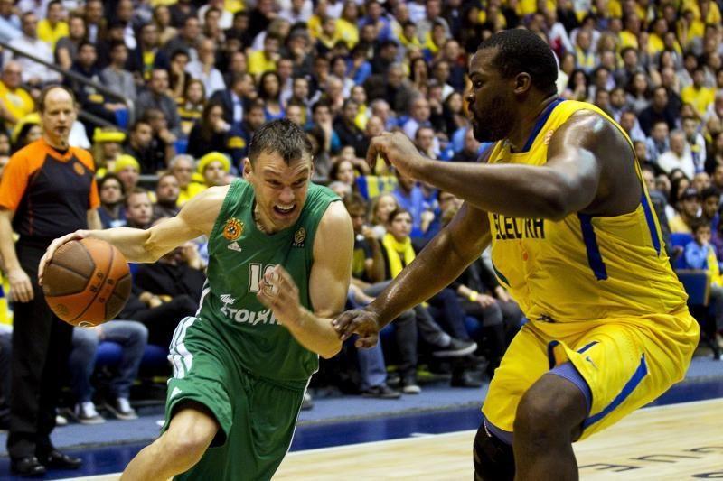 Graikijos krepšinio klubui Šarūnas Jasikevičius pelnė 14 taškų