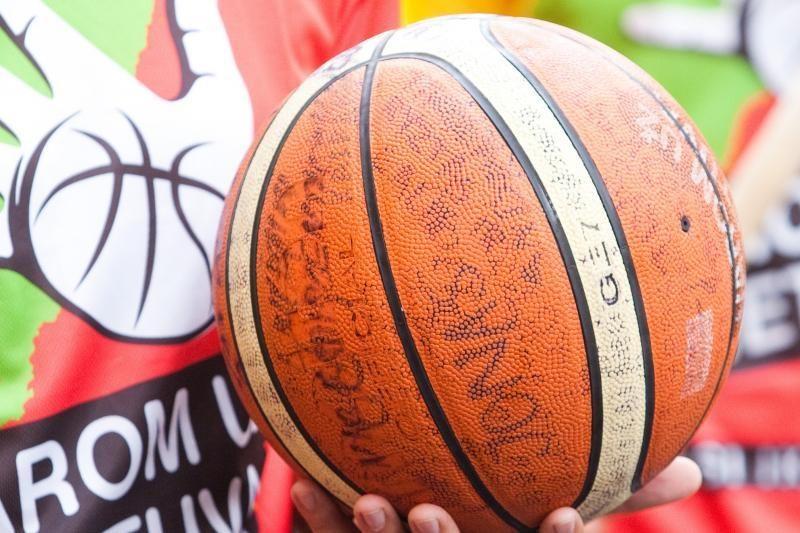 Už Lietuvą krepšinio kamuolį varys ir Prezidentė