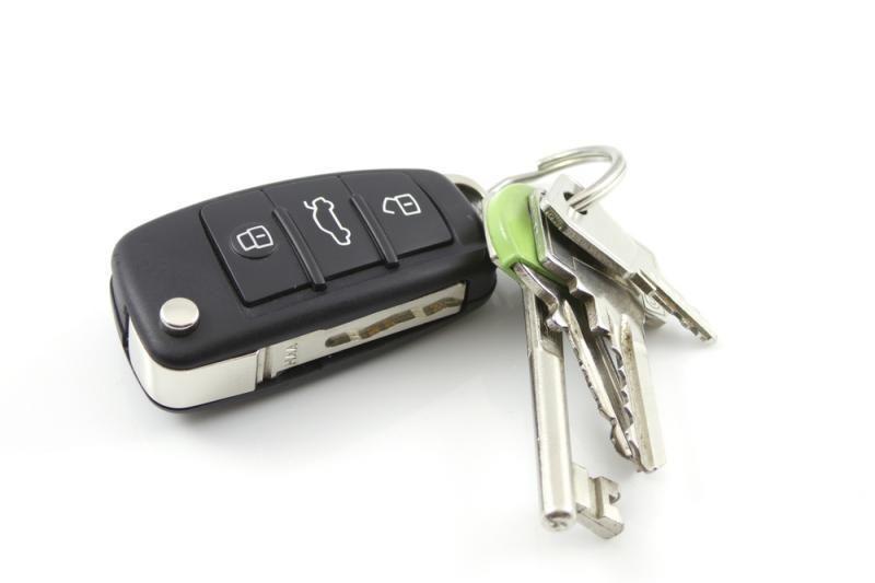 Automobilių raktelius gali pakeisti išmanieji telefonai