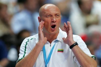 """R.Butautas: """"Bus sunku, bet stengsimės nugalėti"""""""