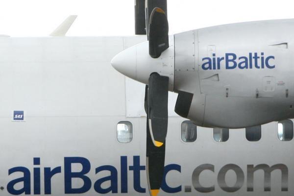 """""""airBaltic"""" didins turbopropelerinių lėktuvų skaičių"""