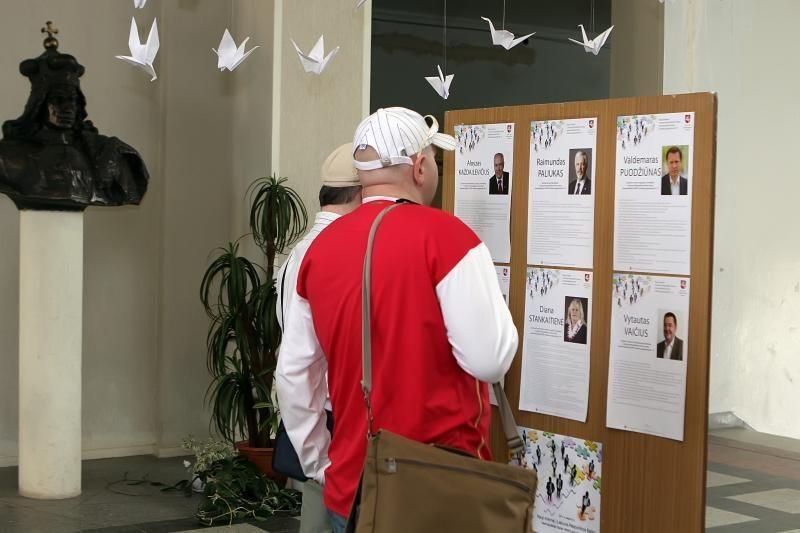 Seimo rinkimai: rinkėjai namuose balsuoja aktyviai