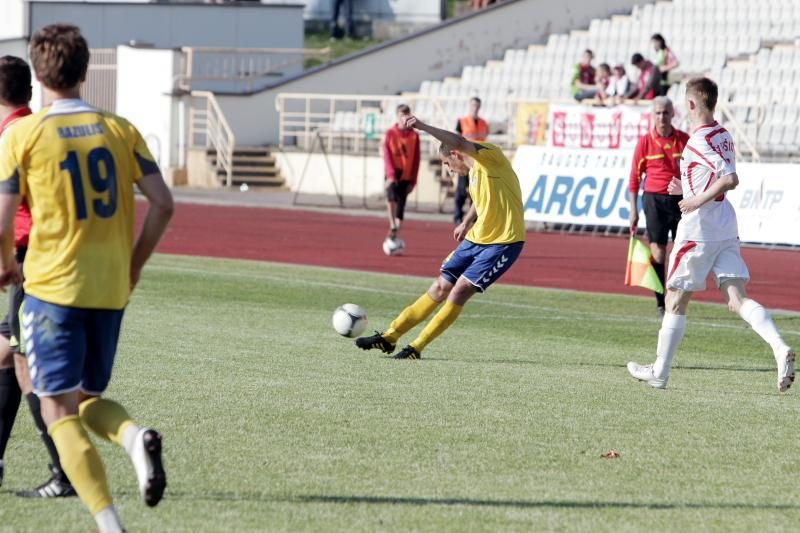 """""""Sūduvos"""" futbolininkai nugalėjo Lietuvos futbolo A lygos autsaiderį"""