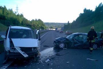 Girtas vairuotojas greitkelyje važiavo prieš eismą