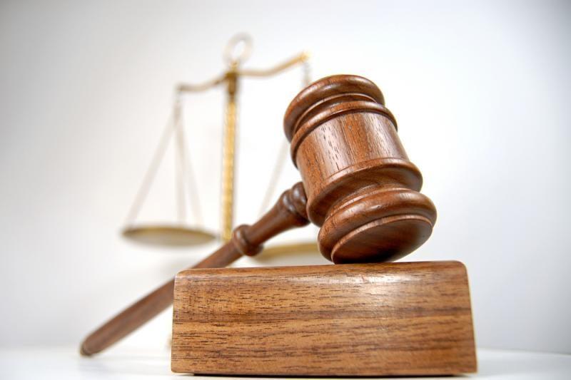 Teismui ketvirtą kartą nepavyko pradėti Ligonių kasos vadovo bylos