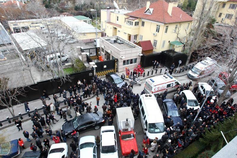 Turkijos sostinėje įvykdytas išpuolis prie JAV ambasados