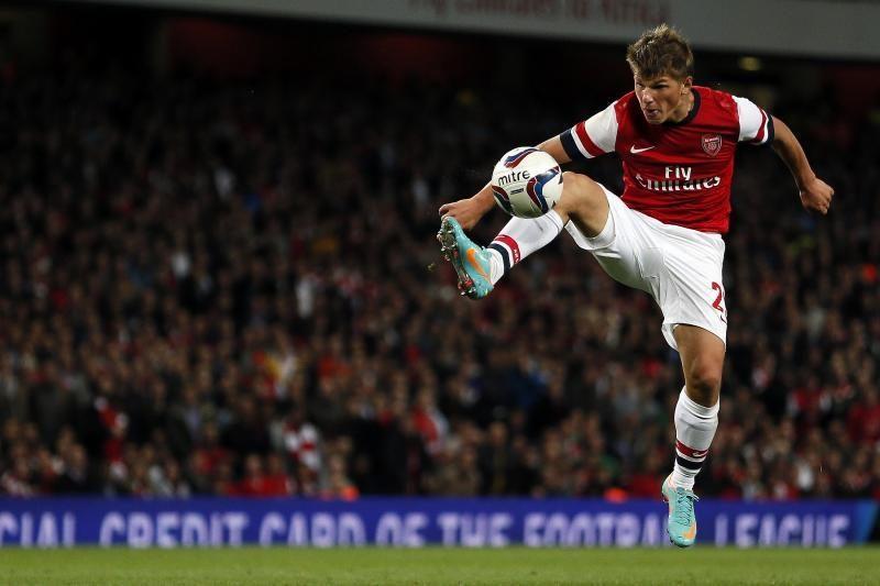"""Įkaušęs """"Arsenal"""" puolėjas vos nesusimušė naktiniame klube"""