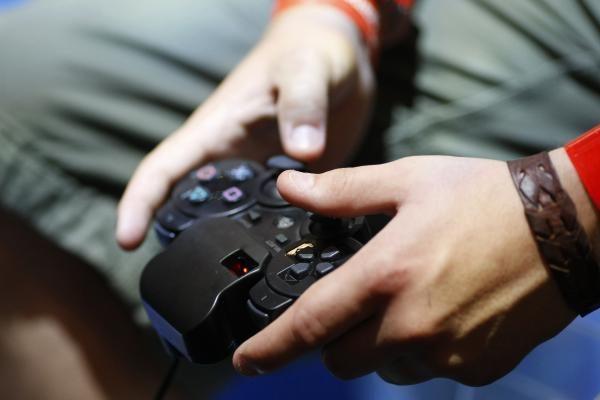 Vienas tailandietis mirė žaisdamas kompiuterinius žaidimus