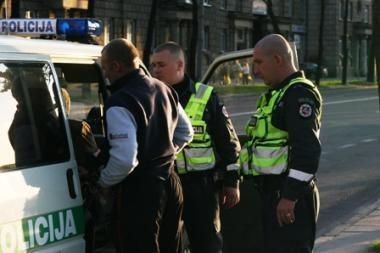 Vilniaus policininkai vaikėsi motociklininką