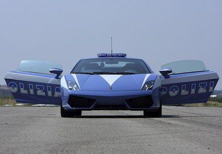 """Pažeidėjus gaudys su """"Lamborghini"""