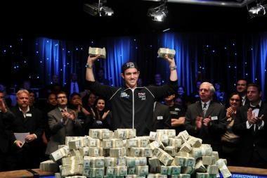 21 metų pokerio čempionas laimėjo 20 mln. litų