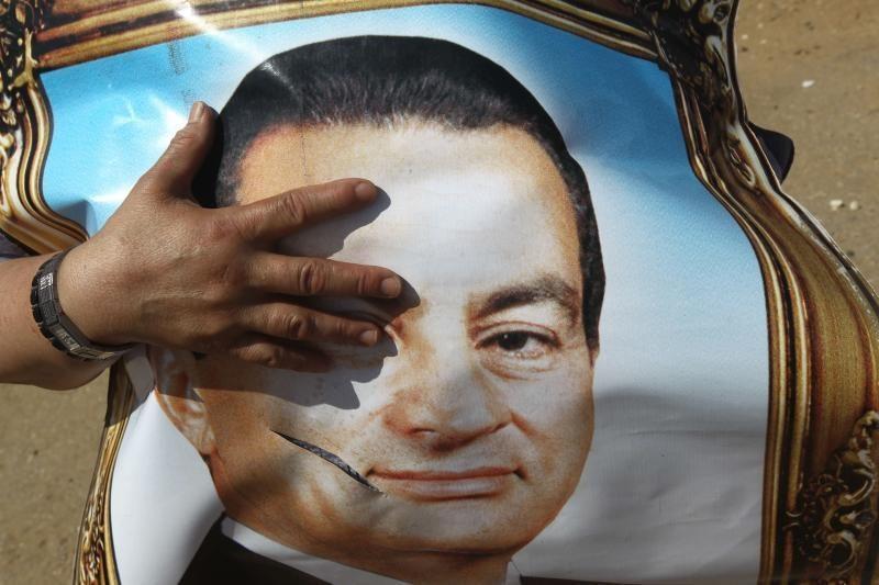 Šaltinis: H.Mubarakas buvo dukart defibriliuotas