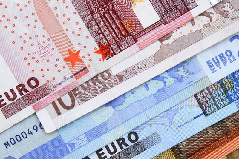 Ekspertas: kitąmet skolinimosi rinka bus aktyvi