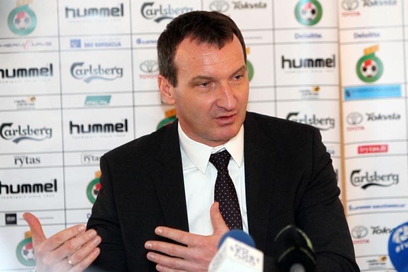 Lietuvos futbolo rinktinės treneris albanams pasirodė arogantiškas