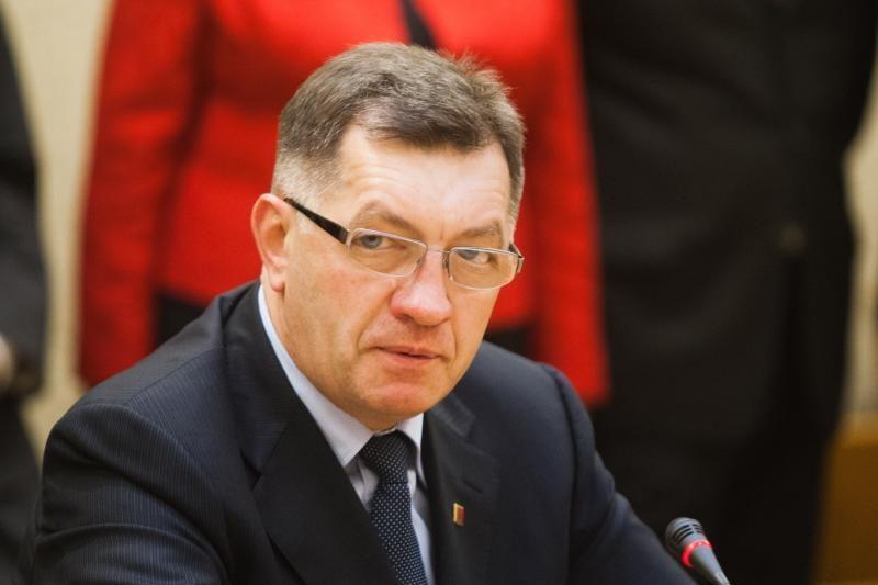 Klaipėdos uoste apsilankęs A. Butkevičius domėjosi SGD projektu