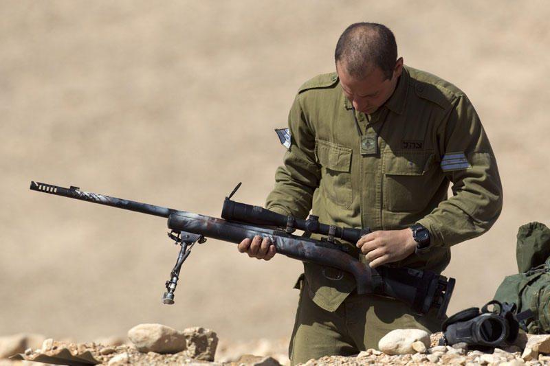 Nufilmuota, kaip palestiniečių vaikai provokuoja Izraelio karius