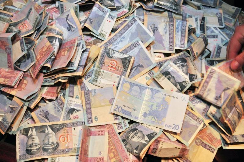 Degalinėje apvogtas Kazachstano pilietis prarado per 30 tūkst. litų