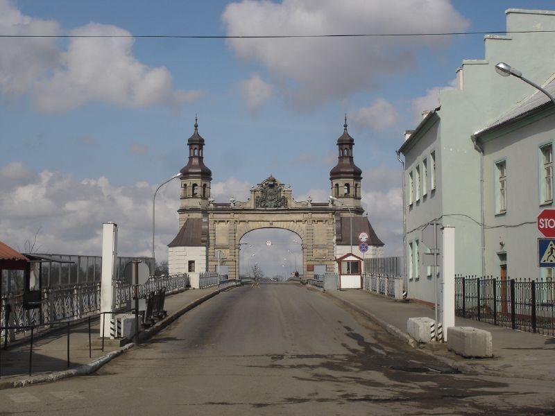 Pasienyje ant Panemunės tilto bandė susideginti vyras