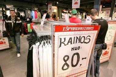 Metinė infliacija euro zonoje liepą augo iki 1,7 proc.