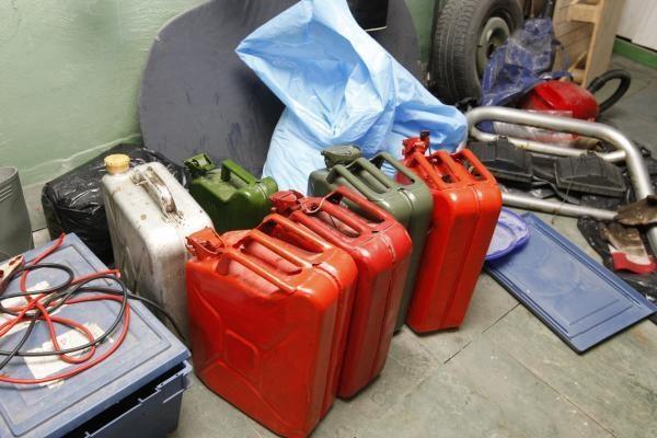 Klaipėdiečio garaže – vogtas kuras